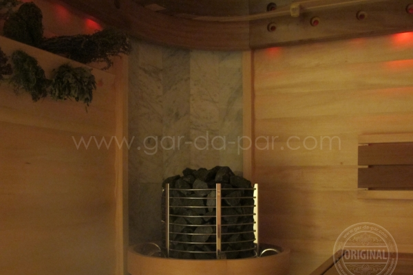 005-sauna-honey-8F825983D-5F4F-4B0C-485C-5F5150CABC21.jpg