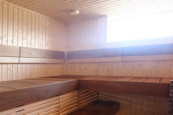 008-sauna-pixel-spruce-3E5D30B15-7B5A-BCD7-3322-523530B7C359.jpg