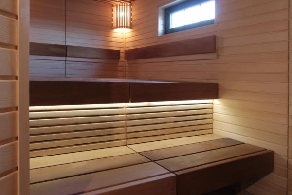 009-sauna-ribbed-ceiling-10520A5CBA-AD40-F16C-6155-4D7D6DD33D88.jpg