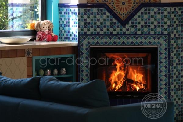 011-kaminnaya-topka-austroflamm-v-marokkanskoy-mozaike-1516332776-E9FD-3302-E17D-D930EDF86E7D.jpg