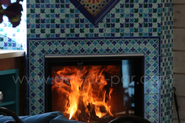 011-kaminnaya-topka-austroflamm-v-marokkanskoy-mozaike-45279F99F-5D49-2B1D-8E22-868B8E436E6E.jpg