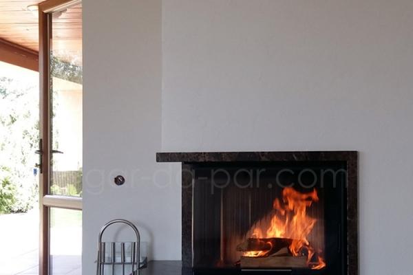 gar-da-par-conerfireplace-4EB3E23D8-7245-7A56-1142-77E062BC5322.jpg